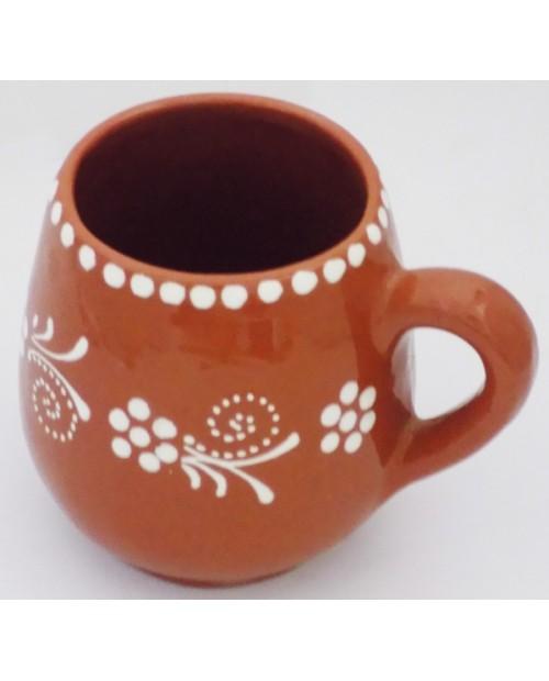 Tradizionale portoghese tazza di argilla rossa